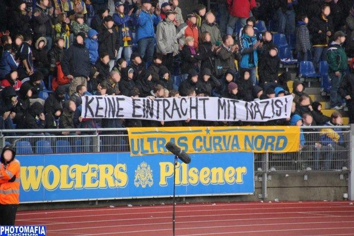 Der Stein des Anstosses: Ultras Braunschweig am 6.10.2012 im Stadion an der Hamburger Strae